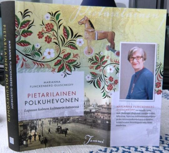 Kirjan kuvasi Hellevi Matihalti
