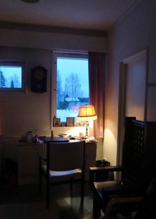 Huoneeni, toinen vierashuoneista, sijaitsi melkein kirkon vieressä, joten kirkkomatka oli todella lyhyt – eikä tarvinnut ensinkään välittää siitä, millainen sää oli ulkona. (Kuva/Photo: Hellevi Matihalti)