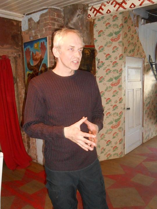 Kulttuuripääkaupunki 2015 kaupunginjohtaja Evar Riitsaar  on tulisieluinen suomalais-ugrilaisuuden puolestapuhuja ja monipuolinen taiteilija. (Kuva/Photo: Aristarkos Sirviö)