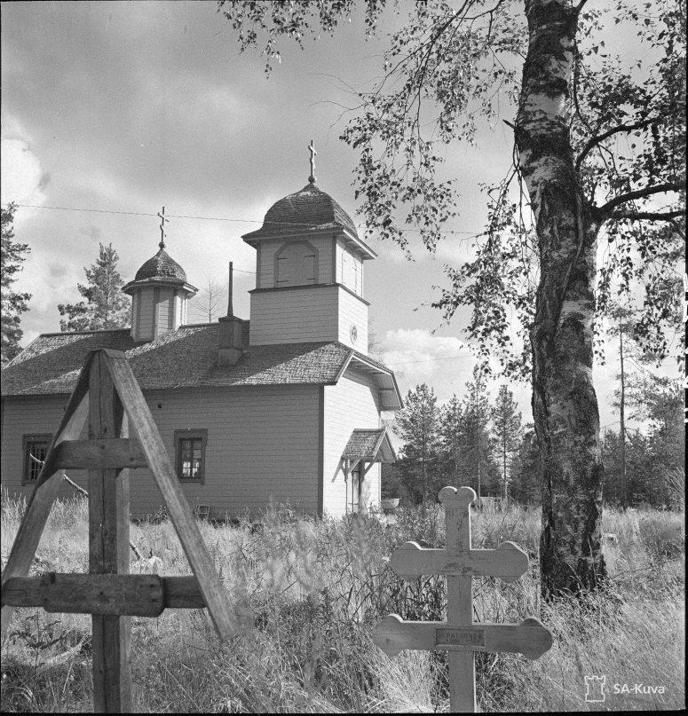 """""""Ägläjärven uusi tsasouna. Ägläjärvi 1941.08.21"""" (Kuva/Photo: SA-kuva)"""