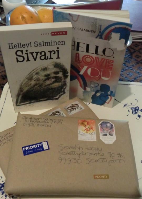 Myös Simeon ja Hanna on muistanut Sevettijärven koululaisia lähettämällä Hellevi Matihaltin (Salminen) kaksi kirjaa koulun kirjastoon. (Kuva/Photo: Hellevi Matihalti)