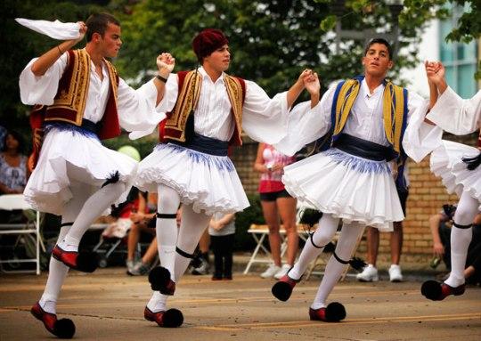Kuva ei liity jutun tsasouniin, tsaijuun eikä tsatzikiin. On vuan jonnninmoene kuva ... (Kuva/Photo: greece-music.com)