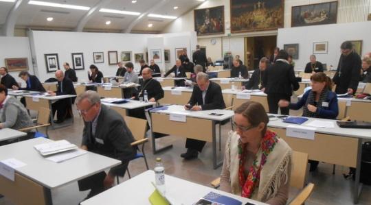 Kirkolliskokouksen täysistunto viime vuoden marraskuussa Valamon luostarin kulttuurikeskuksessa. (Kuva/Photo: Aristarkos Sirviö)