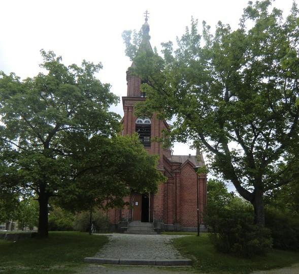 Pyhän Nikolaoksen kirkko Vaasassa toukokuun viimeisenä sunnuntaina. ( Kuva/photo: Hellevi Matihalti )