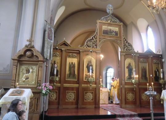 Pyhän Nikolaoksen kirkon ikonostaasi sekä temppelin nimikkopyhän, pyhän Nikolaoksen ikoni. ( Kuva/photo: Hellevi Matihalti )