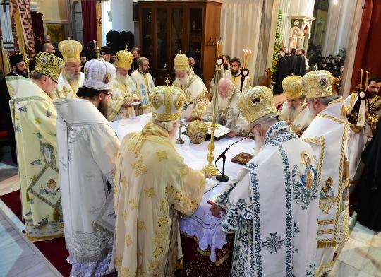 Liturgia toimitettiin 19.6. Kreetan saaren pääkaupungissa Iraklionissa patriarkka Bartomeoksen johdolla. (KUVA/PHOTO:© Dimitrios Panagos)