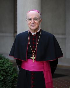 Arkkipiispa Carlo Maria Vigano ei liene Jorman Italian tuttuja ... (Kuva/Photo: Apostolic Nunciature.)