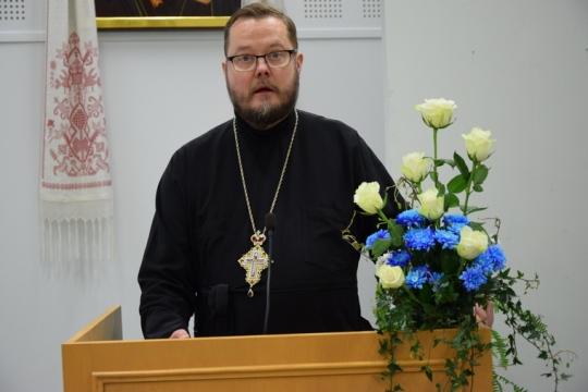 Arkkimandriitta Andreas Larikka kirkolliskokouksessa 2016. (Kuva/photo: Aristarkos Sirviö)