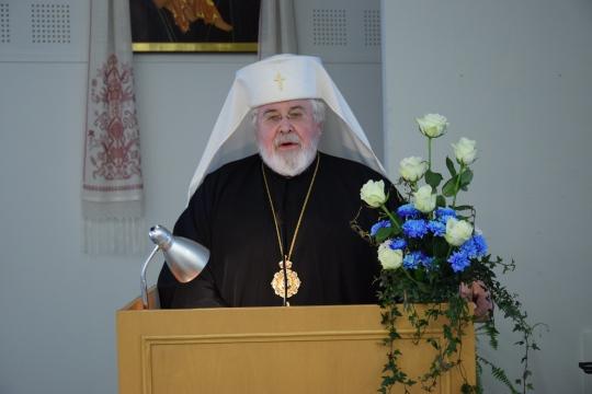 Arkkipiispa Leo pitää päätöspuhetta vuoden 2016 kirkolliskokouksessa. (kuva/photo: Aristarkos Sirviö)